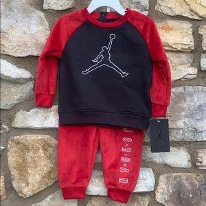 Air Jordan sweater & pants set red/black 18 months